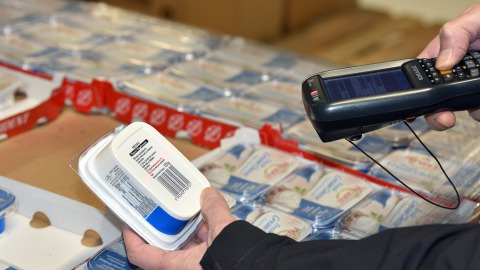Barcode scanner being used at the Danish Food Bank