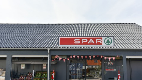 SPAR from the outside