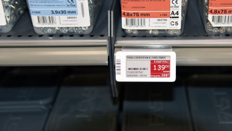 Electronic price tages at DIY store