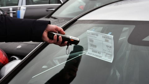 Registration of cars with PDA